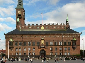 596px-Copenhagen_City_Hall